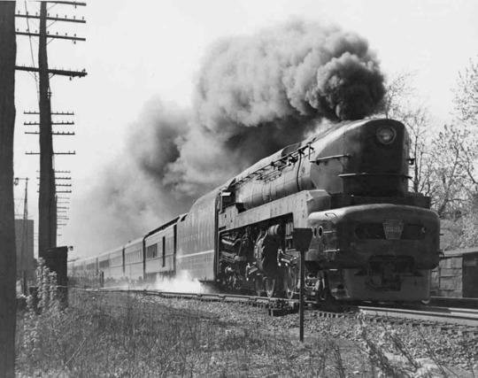 ssT1 4-4-4-4 with Chicago–New York Manhattan Limited at Van Wert, Ohio, late 1940s.