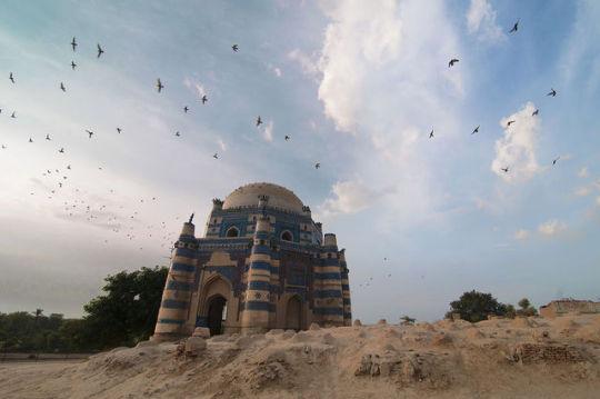 n bibi jawindi's tomb Pakistan