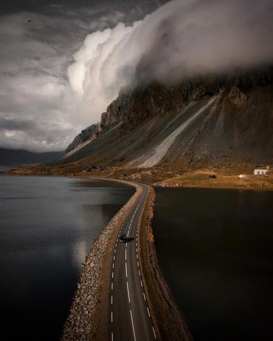 n iceland road