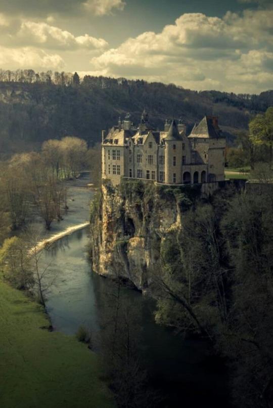 n walzin Castle, Belg